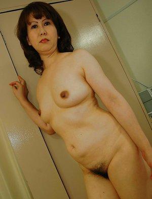 Oriental Mature Pictures