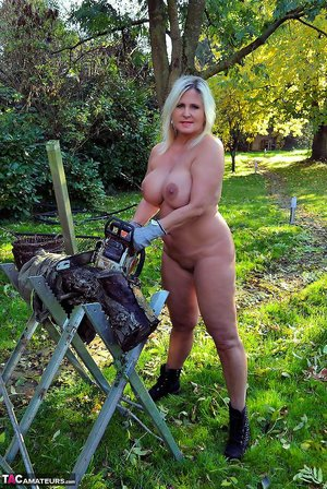 Farm Mature Pictures