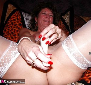 Mature Nails Pictures