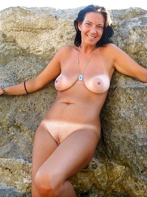 Tanned Mature Pictures