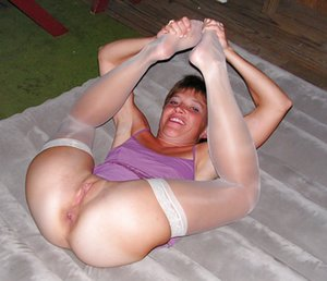 Flexy Mature Girls Pictures