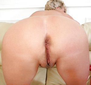 Mature Ass Hole Pictures