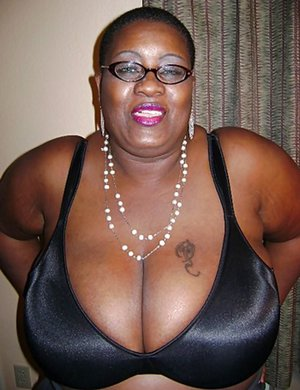 Big Black Mature Tits Pictures