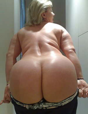 Big Ass Mature Pictures