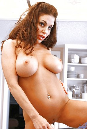 Mature Perfect Tits Pictures
